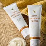 Aloe Propolis Creme er en meget populær creme til sart, følsom, tør og irriteret hud.
